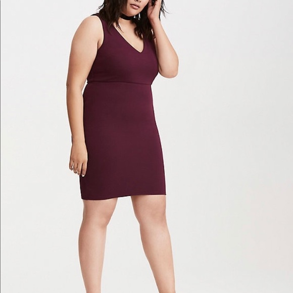 torrid Dresses & Skirts - NWT Textured Lace Up Back Bodycon Dress